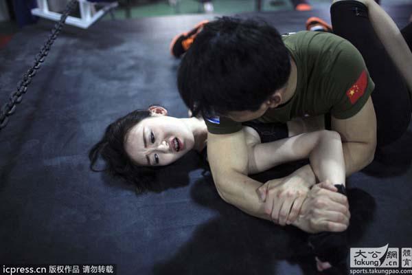 Entrenamientos que ayudan a mejorar la capacidad física de estas mujeres.