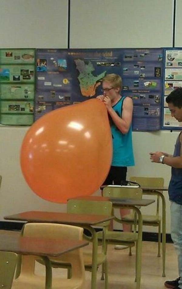 4. Luego de esto mas nunca pudo ver un globo...
