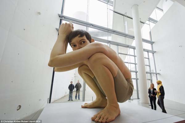 No importa el tamaño de las esculturas estas lucen increíblemente reales.