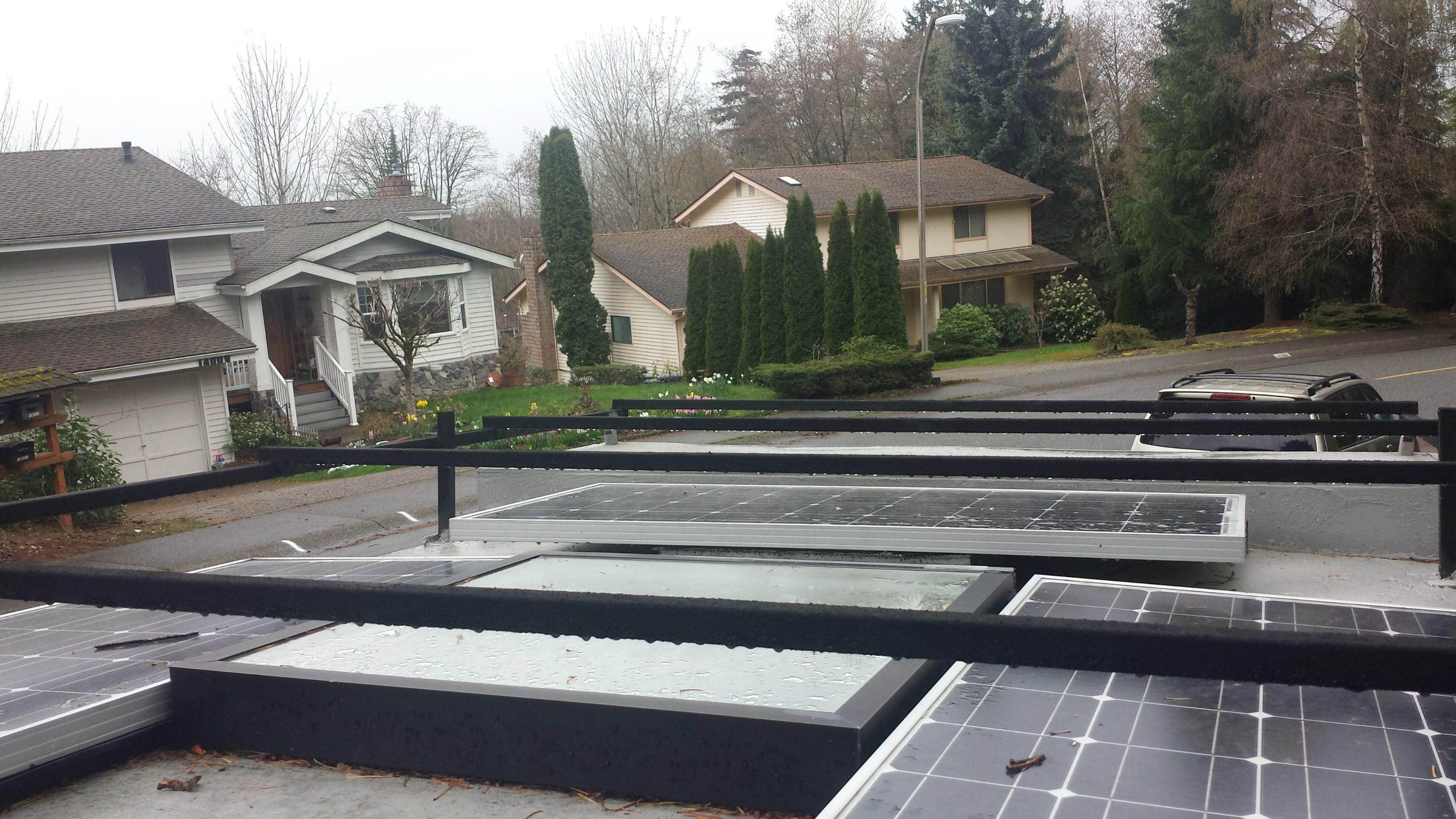 camioneta-camper-paneles-solares